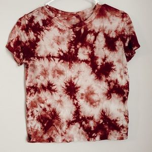 seriously soft tie dye tee!